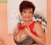 Jessica Hot - big tits mature 7