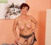 Jessica Hot - big tits mature 15
