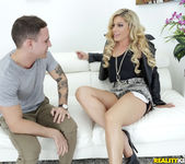 Nikki Capone - Getting It In - MILF Hunter 2