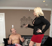 Alena Croft - Penetrate The Pussy - MILF Hunter 2