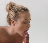 Deep Massage - Kristof & Vinna R. 11