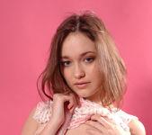 Pink shadow - Elize - Zemani 4