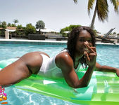 Gabrielle - Wet Nips - Black GFs 7