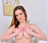 Mischelle - Real Natural - Anilos 13