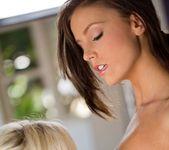 Whitney Westgate & Catie Parker Find Love 4