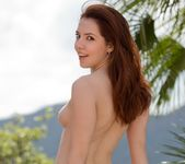 Ember Stone Displays Her Beautiful Natural Body 7