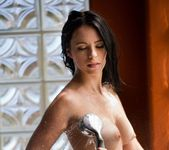 Veronica Radke Splashes Around In The Tub 13