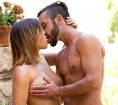 Daniel Hunter & Keisha Grey Share A Romantic Evening 15