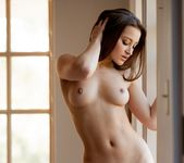 Dani Daniels Shines Beautifully In The Light 5
