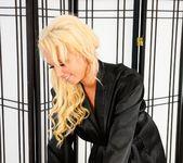 Miss Dallas, Bentley Pierce - Pimpin' Ain't Easy 5