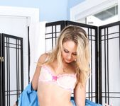 Anissa Kate, Charlee Monroe - American Massage 10