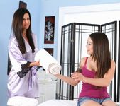 India Summer, Kira Sinn - Soccer Superstar 2