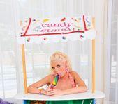 Jayda Diamonde, Katie Angel - Lil Gaping Lesbians #03 2