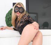 Veneisse - Pussy Acrobats 3