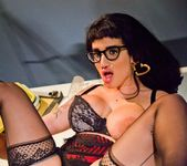 Arabelle Raphael, Jon Jon - In The Darkroom! 6