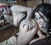 Brittany Lynn, Jessie Lee - Daryl Dixon Dicks 'Em 13