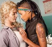 Skin Diamond, Kleio Valentien - I Hate Zombie Dick! 4