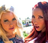 Kelly Divine, Anikka Albrite - Double Speculum Club 3