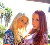 Kelly Divine, Anikka Albrite - Double Speculum Club 4