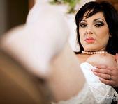 Tina Gabriel, Dillon A - A Leg Fantasy 2