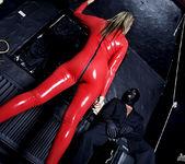 Daria Glower - Rubbercats - Daring Sex 6