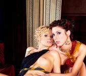 Roma #02 - Daring Sex 11