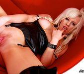 Syren Sexton - House Of Pleasure 15