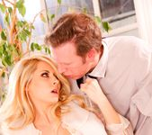 Madison Ivy - Pretty Woman A XXX Parody 11