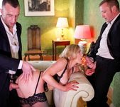 Holly Kiss - MILF - A Darker Side 10