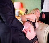 Holly Kiss - MILF - A Darker Side 12