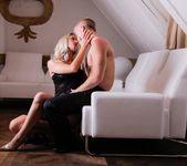 Uma - Experienced - Daring Sex 7