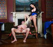 Tamara Grace, Jasmine Jae - Casino Erotica 15