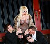 Tamara Grace, Jasmine Jae, Jaiden West - Casino Erotica 3