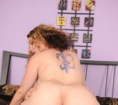 Kiki Daire - Internal Injections 8 7