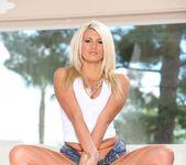 Layla Price, Dsnoop - Gangland #86 22