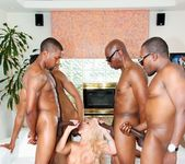 Holly Heart, Isiah Maxwell - Blacked Out #03 2