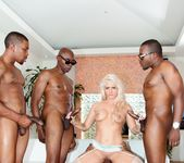 Holly Heart, Isiah Maxwell - Blacked Out #03 12
