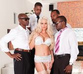Holly Heart, Isiah Maxwell - Blacked Out #03 24