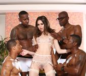 Riley Reid, Isiah Maxwell - Blacked Out #05 27
