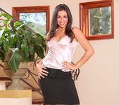 Stephanie Moretti - Seduced By The Boss's Wife 2
