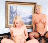 Mellanie Monroe, Valerie White - Mommy You And Me Make 3 10