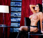 Romi Rain - Twisted Fantasies #02 - Dark Desires 25