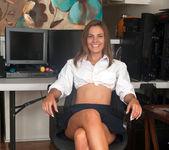 Shyla Ryder loves her big black dildo 3