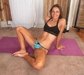 Shyla Ryder - pussy stretching 8