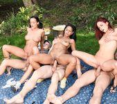 Swingers Orgies #04 7
