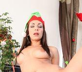 Linet Slag, Angie Emerald, Rachel Evans - X-Mas Orgy 28