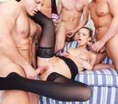 Samantha Jolie, George Black - 4 On 1 Gang Bangs 15