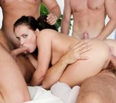 Wendy Moon, Pavel Matous - 4 On 1 Gang Bangs #04 8