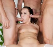 Wendy Moon, Pavel Matous - 4 On 1 Gang Bangs #04 9