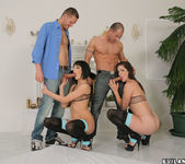 Bobbi Starr, Aliz - Bobbi Violates Europe 13